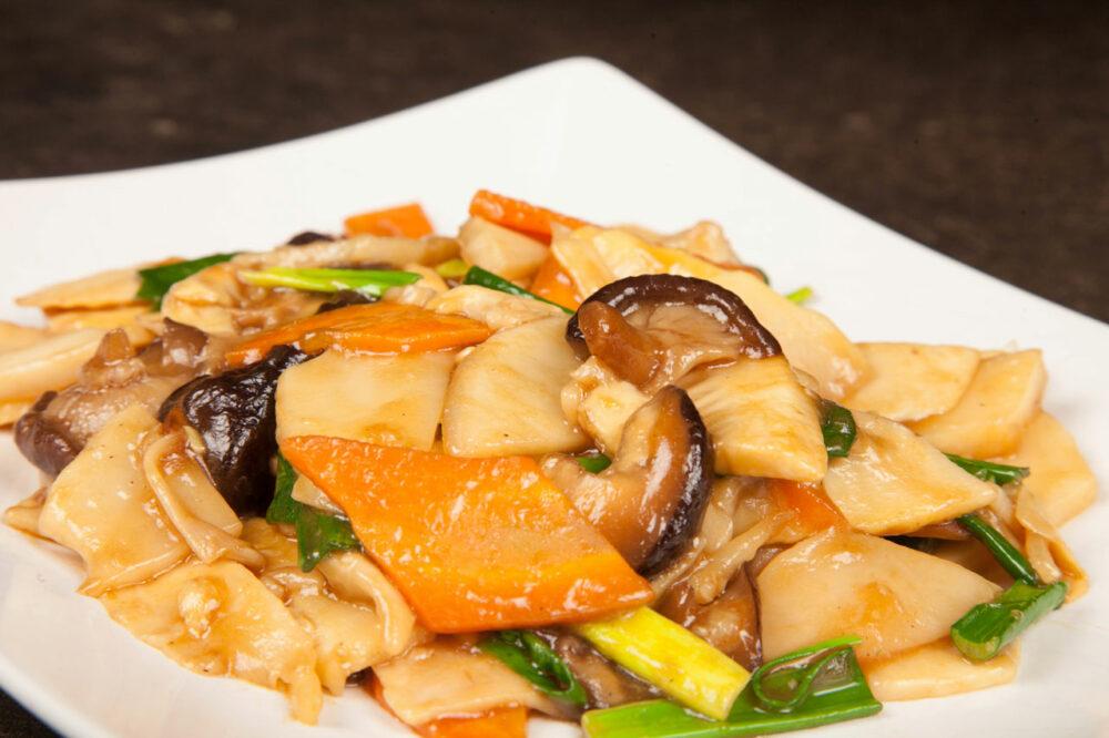 Legume cu sos de stridii - Preparate de post - Restaurantul cu specific chinezesc, KungFu King, cu livrare la domiciliu vă oferă cea mai bună mâncare chinezească din Bucureşti, fapt confirmat de clienţii noştri. Acum puteţi face comanda online şi vă puteţi, astfel, bucura de ofertele speciale oferite de restaurantul chinezesc KungFu King din Bucureşti.